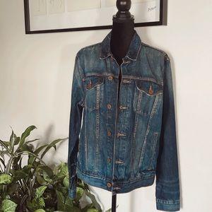 Tommy Hilfiger Denim jacket.